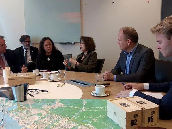 Em reunião com executivos do Porto de Amsterdã, na Holanda, o Governador Marcelo Miranda deu mais um passo para que a  hidrovia no Rio Tocantins, importante para o Estado e a região Norte do Brasil, se concretize
