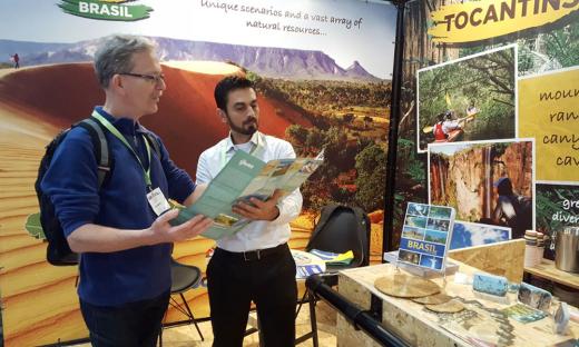 O guia de turismo Eric Regouin, da Agência Agrorezein, foi atraído para o estande do Tocantins, na Feira de Turismo Holanda 2018, pelas fotos do Jalapão. Ele disse que ficou fascinado com a beleza das dunas