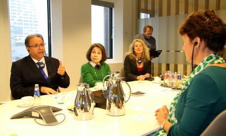 O governador Marcelo Miranda, acompanhado da embaixadora do Brasil na Holanda, Regina Dunlop, se reuniu nesta sexta-feira, 12, em Utrecht, na Holanda, com a Chefe Global do Rabobank, Jacqueline Pieters