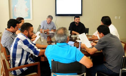 Tocantins e Ministério da Agricultura assinam convênio para recuperar estradas vicinais