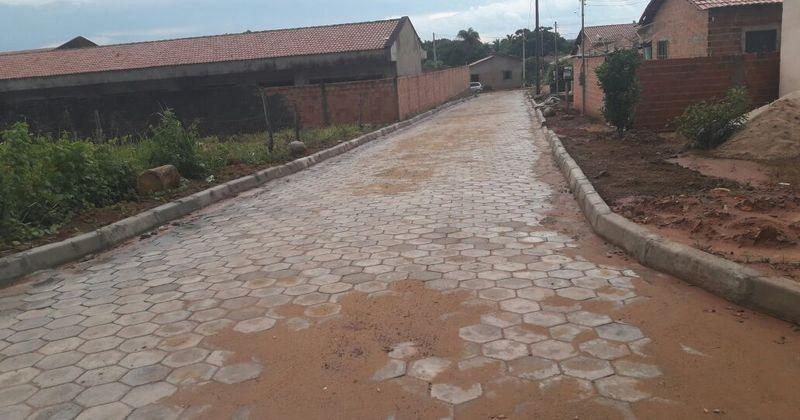 Obras de calçamento no municipio de Wanderlândia