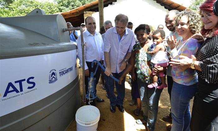 Em 2017, o Governo do Tocantins concluiu a entrega das 11.000 cisternas do Água para Todos, compostas por reservatório de 16 mil litros de água, casa abrigo e sistema de bombeamento