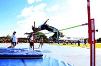Atleta do Salto em Altura Kamila Soares durante prova dos Jets