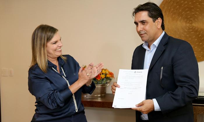 Claudia Lelis, acompanhada do subsecretário Fábio Lelis, lança nesta sexta-feira, a 2ª edição do Prêmio Mérito Ambiental do Tocantins