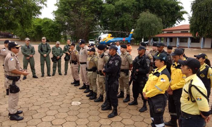 Forças de segurança reunidas no Batalhão de Araguaína.png