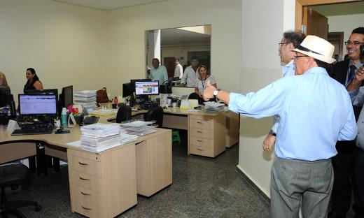 Ao lado do presidente do Igeprev, Jacques Silva, o governador Marcelo Miranda visitou as instalações do Instituto de Previdência