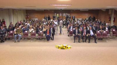 Vale e outras autoridades acompanham cerimônia