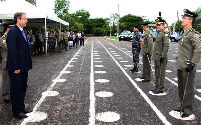 O governador Marcelo Miranda realizou na manhã desta sexta-feira, 2, a passagem de comando de unidades da Polícia Militar da Capital