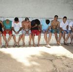 Foram presas 32 pessoas em cumprimento de mandados de prisão temporária e entre os presos estão integrantes de facções criminosas presentes em outros estados brasileiros