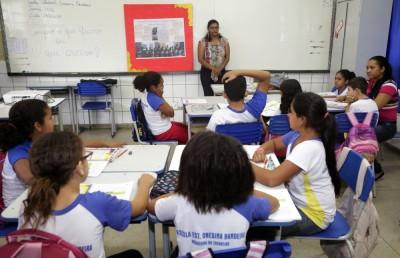 Os conteúdos e habilidades do tema educação financeira foram incluídos na BNCC