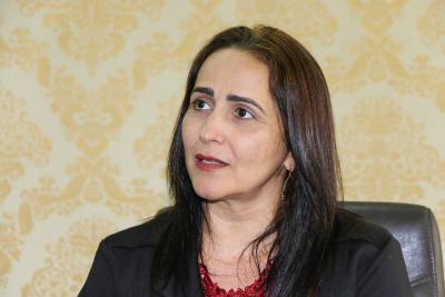 1)Secretária Patrícia do Amaral é também diretora do Fonseas