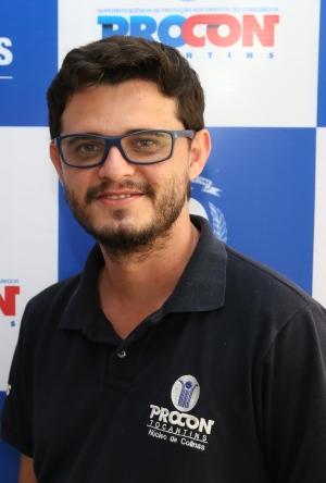 Chefe do núcleo de atendimento do Procon de Colinas-TO, Neuvan José de Sousa Siqueira.JPG