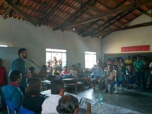 Representante do Naturatins fez a apresentação do Projeto na aldeia Porteira