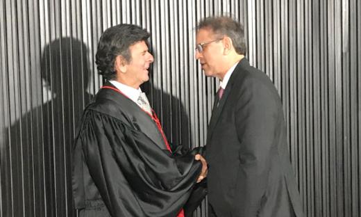Marcelo Miranda cumprimentou o ministro Luiz Fux e desejou sucesso na condução do Tribunal Superior Eleitoral e das eleições em 2018