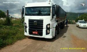 Caminhão apreendido na Delegacia da Receita Estadual de Paraíso-TO