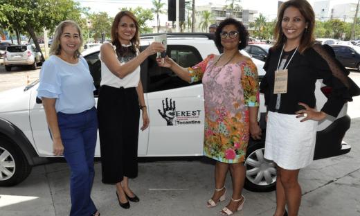 A secretaria da Saúde recebeu um veículo doado pelo Ministério Público do Trabalho para o Centro de Referência em Saúde do Trabalhador (Cerest)