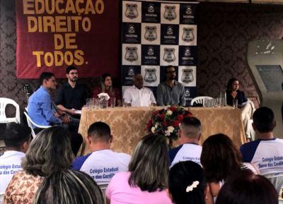 Reeducandos da Cadeia Pública de Colméia participam de aula inaugural
