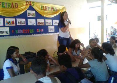Escola Pádua Fleury realiza feirão das disciplinas eletivas