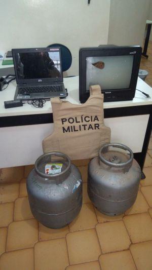 Objetos recuperados pela PM durante diligência em Paraíso_300.jpg