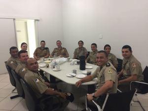 Policiais militares do Tocantins participam de café da manhã oferecido pela PMPR_300.jpg