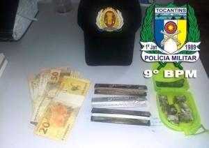 Drogas e dinheiro apreendidos pela PM em Buriti_300.jpg