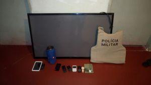 Produtos de roubo encontrados com autora  em Paraíso_300.jpg