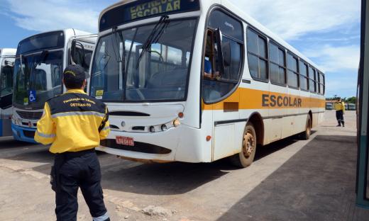 Detran inicia vistoria em veículos do transporte escolar