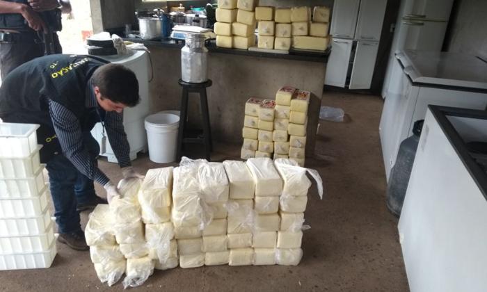 A ação foi coordenada pela Polícia Civil que solicitou apoio técnico da Adapec para averiguação de fabricação de produtos lácteos sem as devidas condições higiênico-sanitárias