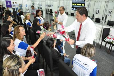 Secretário Paulo Antenor homenageia as mulheres da Sefaz