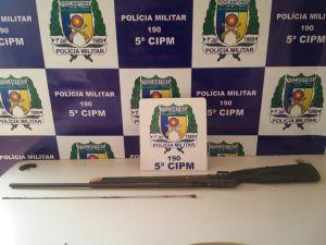 Arma apreendida pela PM em Palmeiras do Tocantins.