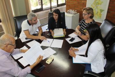 Reunião com representante do Banco Paulista.JPG