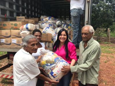Cerca de quatro mil quilos de alimentos estão sendo distribuídos às comunidades quilombolas.