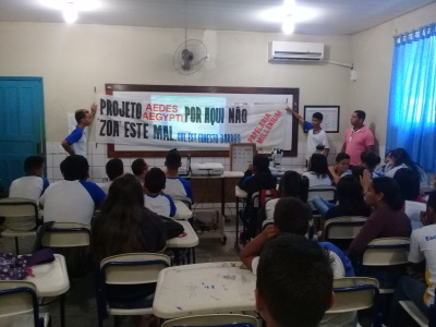Alunos do Colégio Ernesto Barros participam de palestra sobre a Combate ao Aedes aegypti