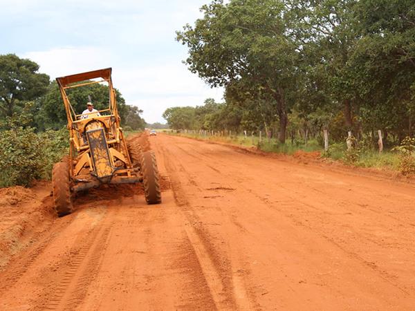 Até a finalização das obras, um desvio de aproximadamente 20 quilômetros foi aberto e está sendo mantido pela Ageto