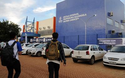 A Escola conta com 21 salas de aulas e capacidade para 840 alunos em tempo integral