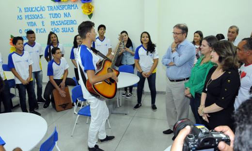 Os alunos realizaram apresentações culturais, com apresentação de musicais