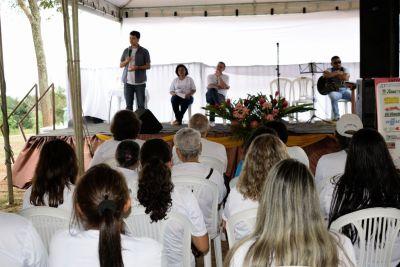 José Américo contou um pouco da sua história de superação e destacou todos os projetos em andamento nas políticas sobre drogas.