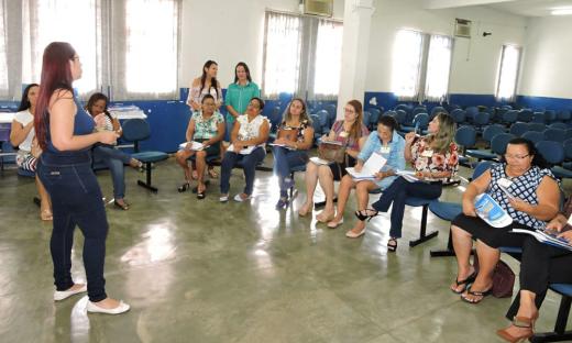 O objetivo da formação é apresentar os programas do IAS e como devem ser trabalhados na escola