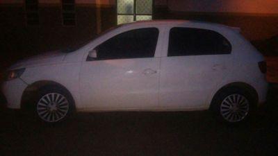 Carro com registro de furto apreendido em Pugmil
