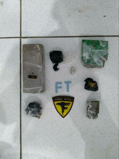 Militares do 5º BPM realizaram apreensão de drogas nesta sexta (13)