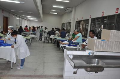 Os pacientes que antes ficavam no corredor do HGP foram remanejados para o novo espaço.