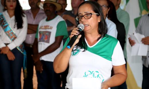 A diretora do Colégio Agropecuário de Almas, Dolores Lima, destacou a importância da união de esforços na realização do evento