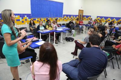 Conselho de Classe Pedagógico realizado na ETI Professora Elizângela Glória Cardoso, em Palmas