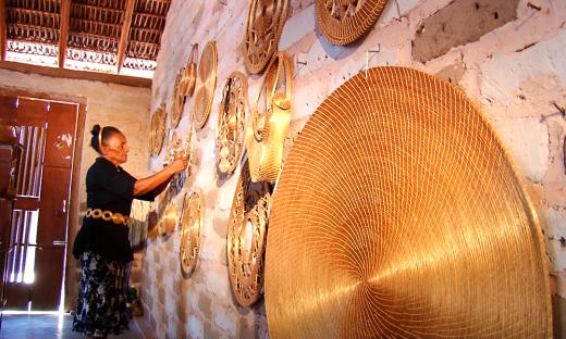 Prosa e História conta a tradição em manusear o Capim Dourado