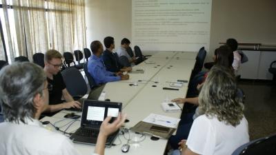 Apresentação das propostas e legislação de Zoneamento durante a reunião