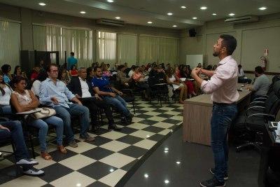 foto 3 - Seminário sobre direito das pessoas com deficiência - Thalia Batista (9)_400.jpg