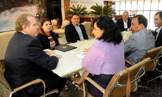 A assinatura do Termo de Adesão foi realizada nesta quinta-feira, 27, no Palácio Araguaia, com a presença de representantes do governo, do Território Amazônico da Unicef no Brasil, e da ATM