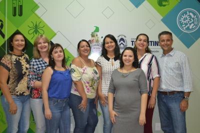 Esq. p/ dir.: Sandra Brito; Débora Leal; Manuela Fortes; Patrícia Gomes; Michelle Rosa; Auriana Sousa; Arlete Otoni; Flávio Milagres.