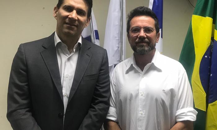 Vice-presidente do Naturatins, Antonio Marcos Barreto, acompanhado do  Procurador  de Justiça do MPE- TO, José Maria  da Silva Júnior