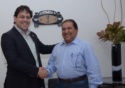 Detran e Banco do Empreendedor do Tocantins fecham parceria para financiamento de CNH's